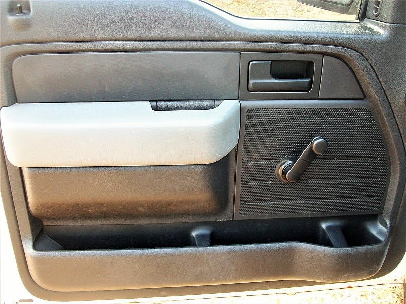 2011 F-150 Regular Cab 4x2,  Pickup #40118 - photo 15