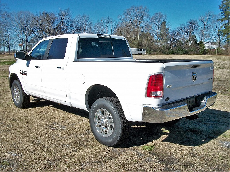 2018 Ram 3500 Crew Cab 4x4,  Pickup #429455 - photo 2