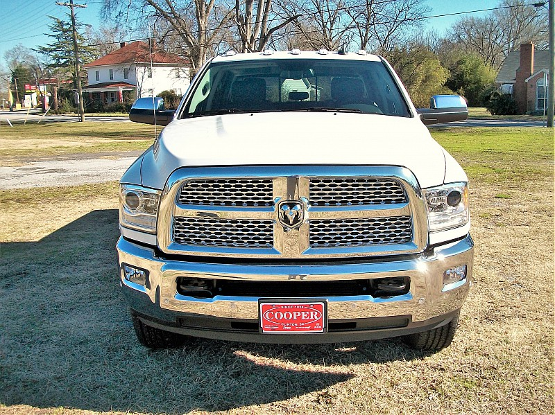 2018 Ram 3500 Crew Cab 4x4,  Pickup #429455 - photo 44