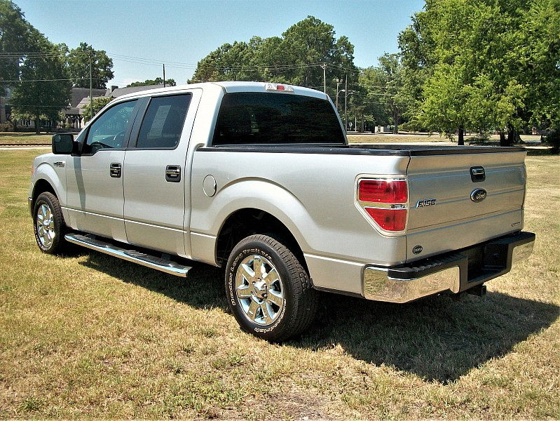 2013 F-150 SuperCrew Cab 4x2,  Pickup #46760 - photo 2