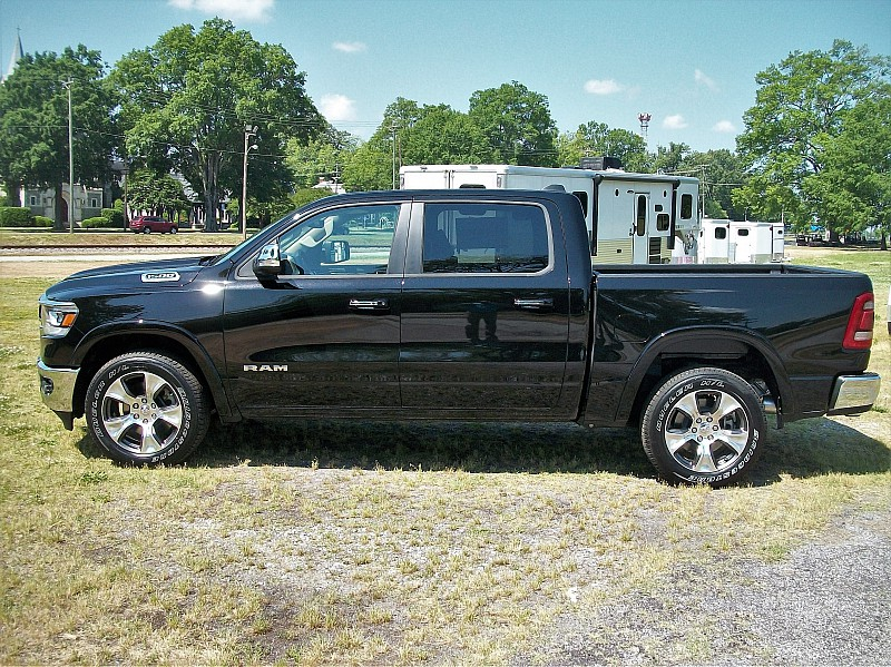 2019 Ram 1500 Crew Cab, Pickup #502661 - photo 21