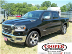 2019 Ram 1500 Crew Cab, Pickup #502661 - photo 1