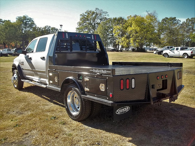 2017 Ram 4500 Crew Cab DRW 4x4, Hauler Body #504543 - photo 2