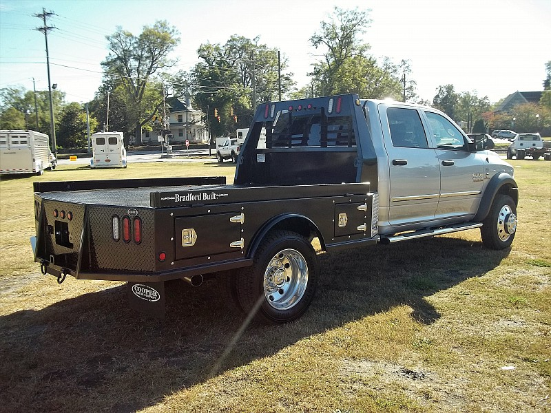 2017 Ram 4500 Crew Cab DRW 4x4, Hauler Body #504543 - photo 13