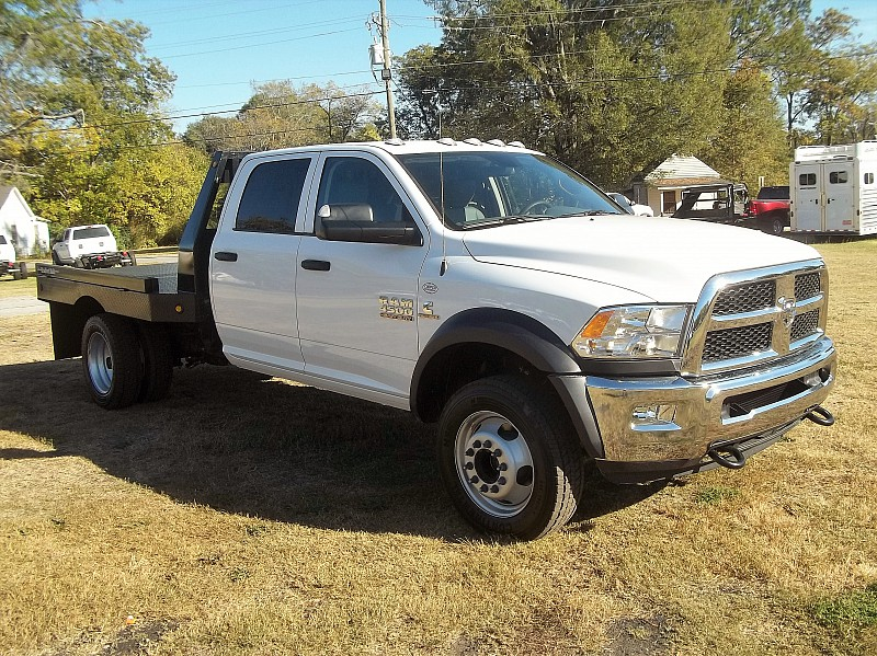 2017 Ram 4500 Crew Cab DRW 4x4, Hauler Body #504546 - photo 16