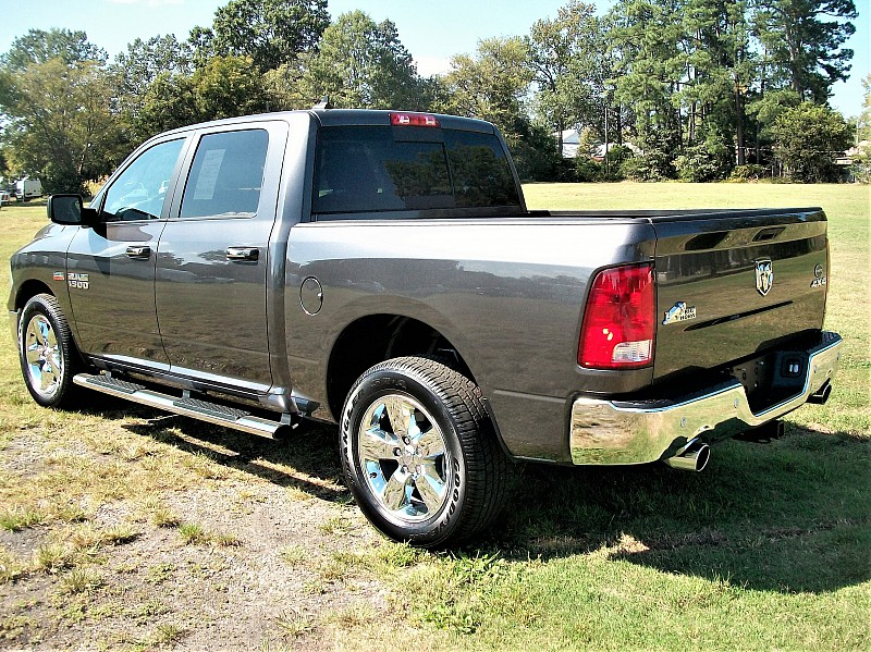 2015 Ram 1500 Crew Cab 4x4,  Pickup #509175 - photo 2