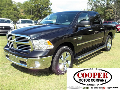 2017 Ram 1500 Crew Cab 4x4, Pickup #510511 - photo 1