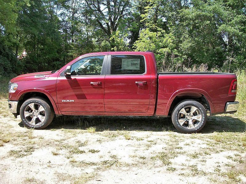 2019 Ram 1500 Crew Cab 4x4, Pickup #510974 - photo 19