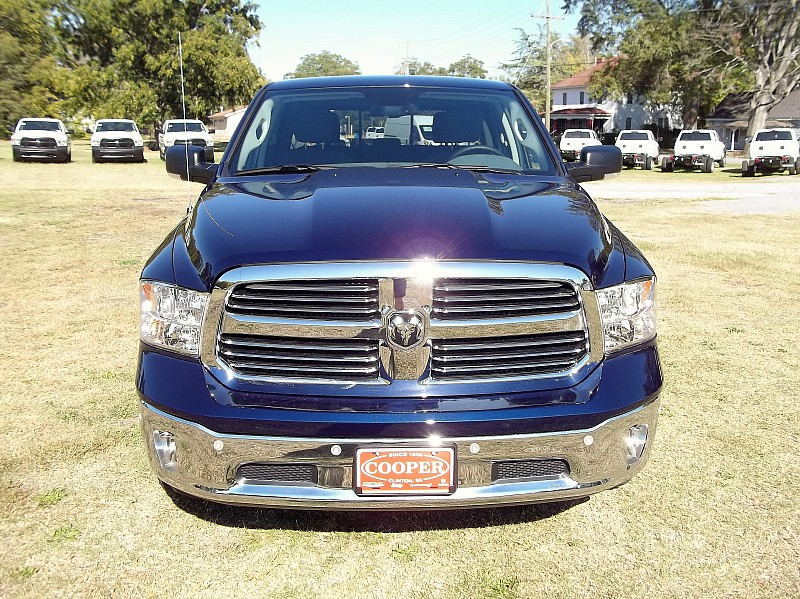 2017 Ram 1500 Crew Cab, Pickup #519188 - photo 41