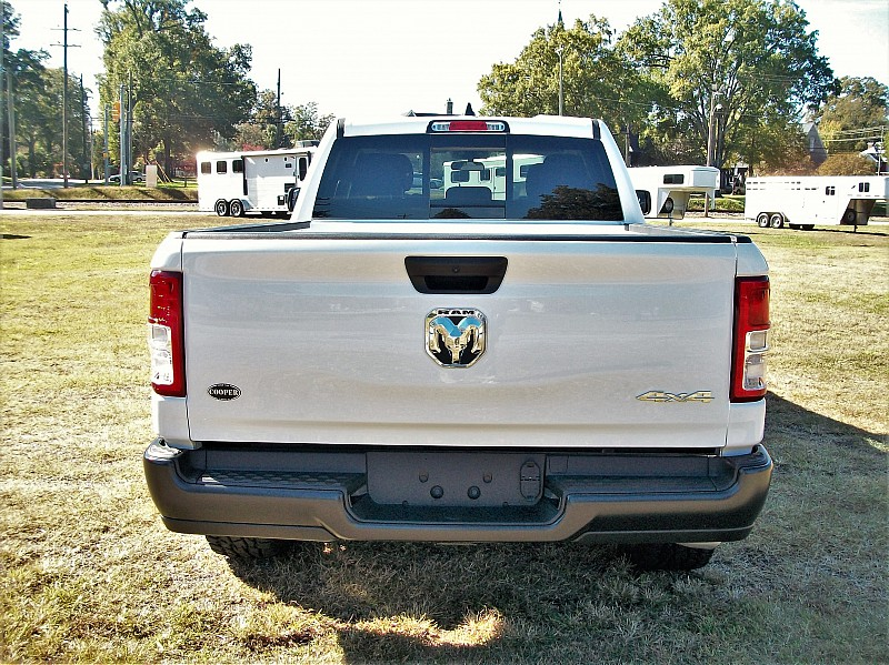 2019 Ram 1500 Quad Cab 4x4,  Pickup #530078 - photo 8