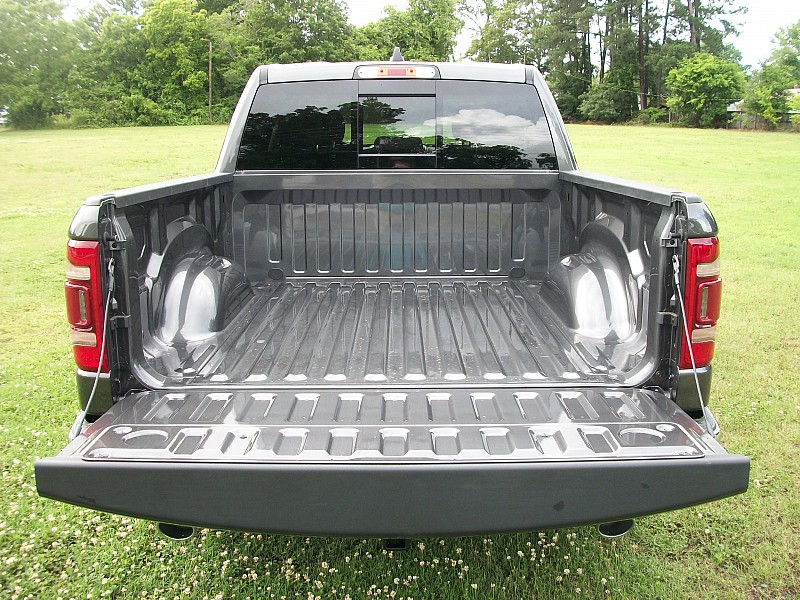 2019 Ram 1500 Crew Cab 4x2,  Pickup #531127 - photo 10