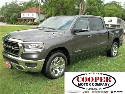 2019 Ram 1500 Crew Cab 4x2,  Pickup #531127 - photo 1