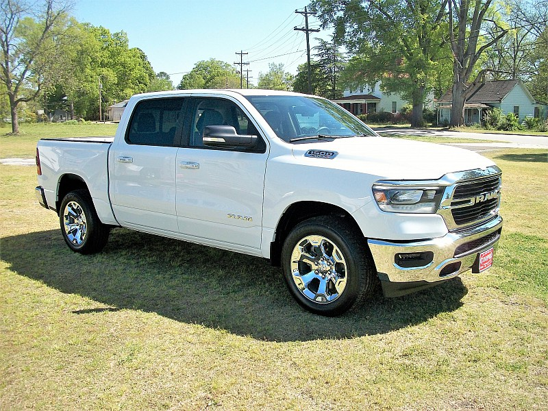 2019 Ram 1500 Crew Cab 4x4, Pickup #532320 - photo 18