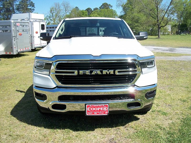 2019 Ram 1500 Crew Cab 4x4, Pickup #532320 - photo 40