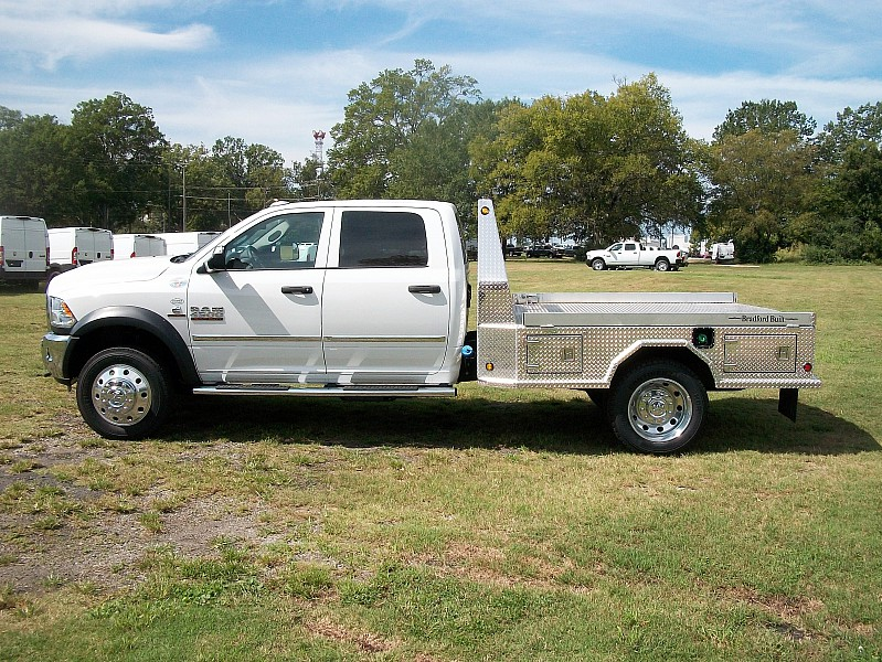 2017 Ram 4500 Crew Cab DRW 4x4, Platform Body #548104 - photo 21