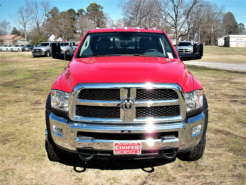 2017 Ram 4500 Crew Cab DRW 4x4, Platform Body #548106 - photo 34
