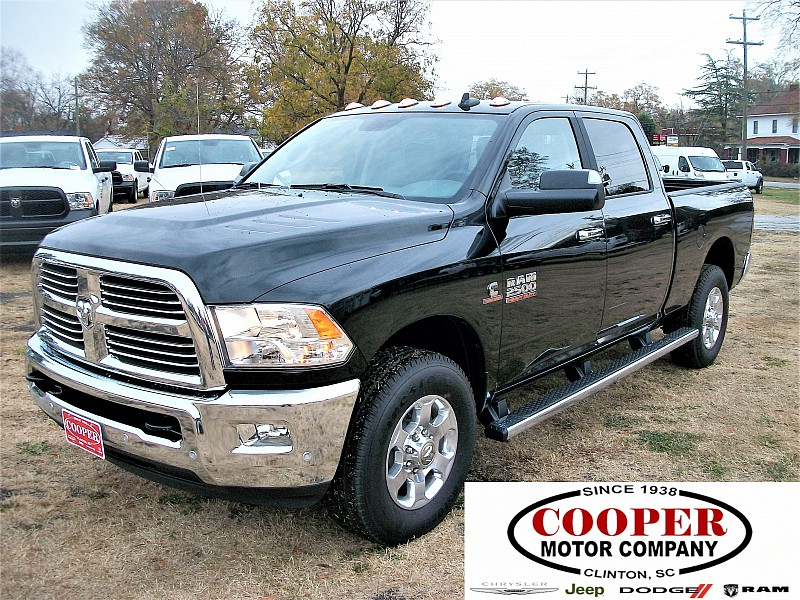 2017 Ram 2500 Crew Cab, Pickup #552813 - photo 1