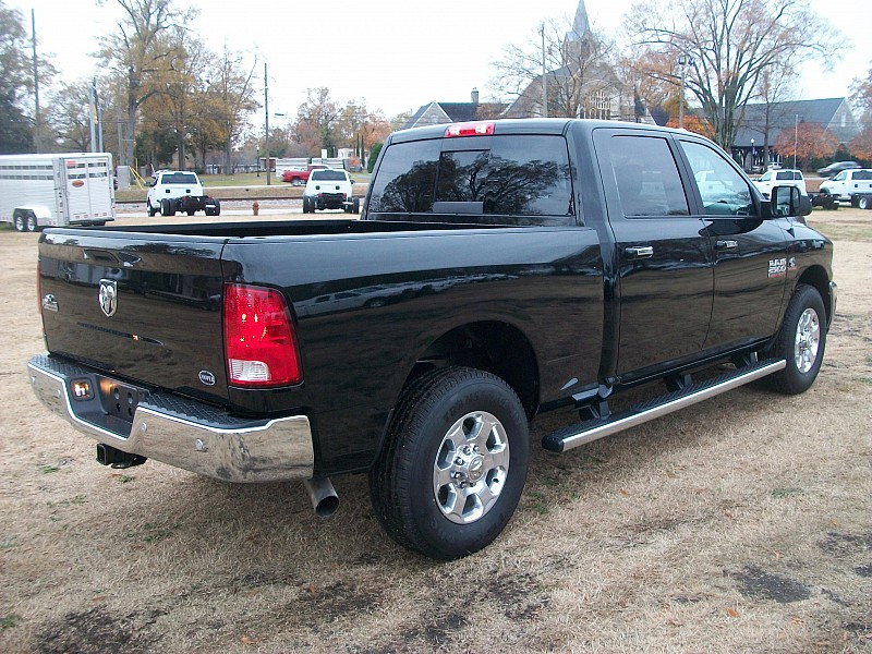 2017 Ram 2500 Crew Cab, Pickup #552813 - photo 13
