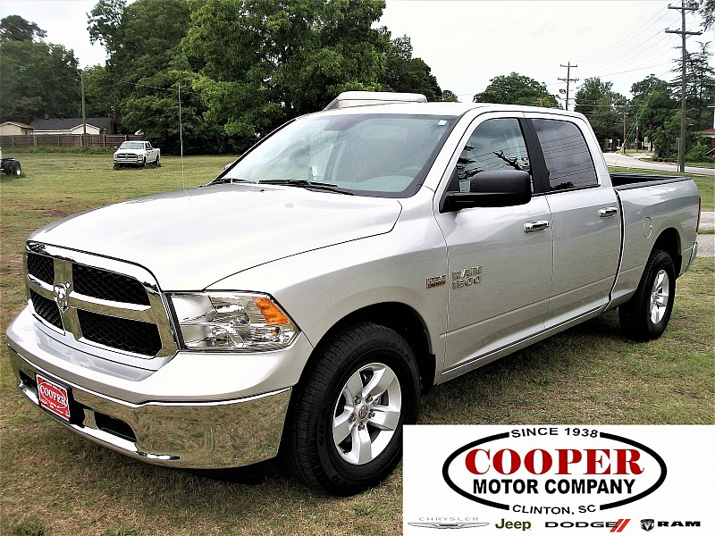 2017 Ram 1500 Crew Cab Pickup #555907 - photo 1