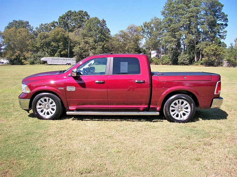 2017 Ram 1500 Crew Cab 4x4,  Pickup #564545 - photo 30