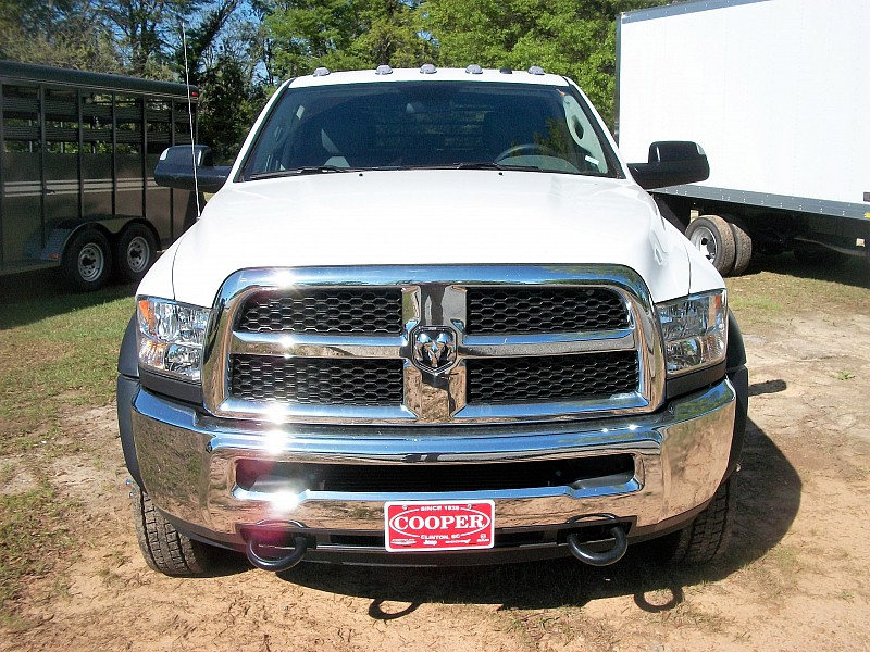 2017 Ram 5500 Crew Cab DRW 4x4, Hauler Body #572295 - photo 20
