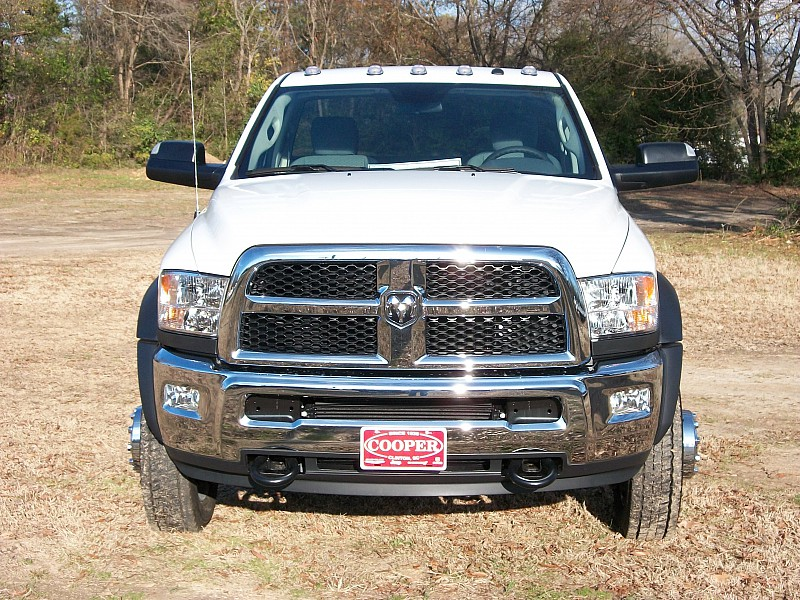 2017 Ram 4500 Regular Cab DRW, Cab Chassis #572438 - photo 24