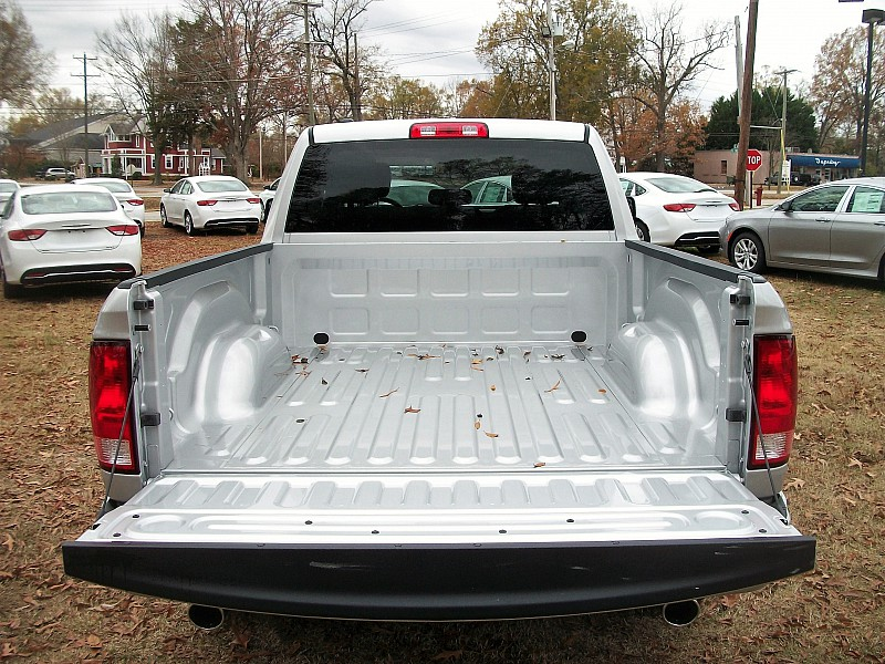 2017 Ram 1500 Quad Cab, Pickup #574291 - photo 9