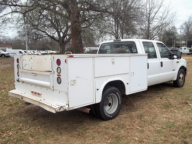 2005 F-350 Crew Cab DRW, Service Body #58011 - photo 12