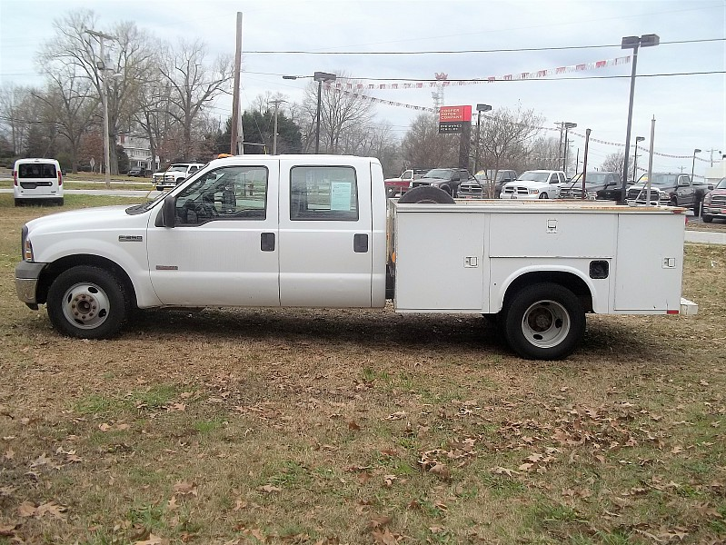 2005 F-350 Crew Cab DRW, Service Body #58011 - photo 20
