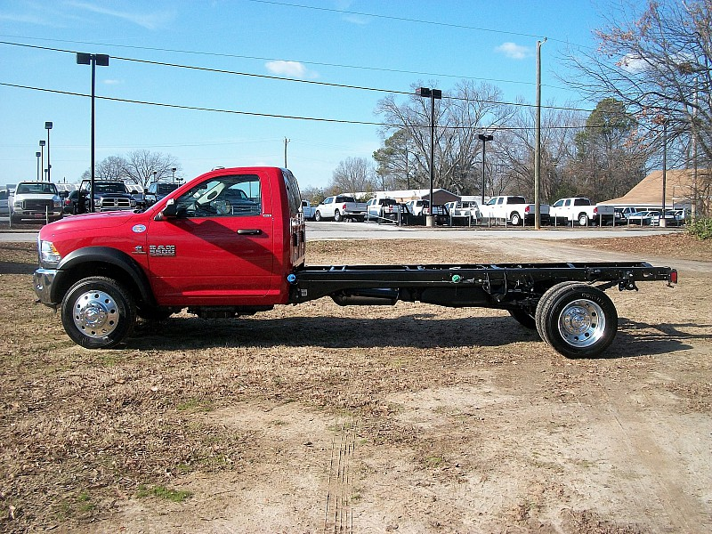 2017 Ram 5500 Regular Cab DRW, Cab Chassis #591464 - photo 12