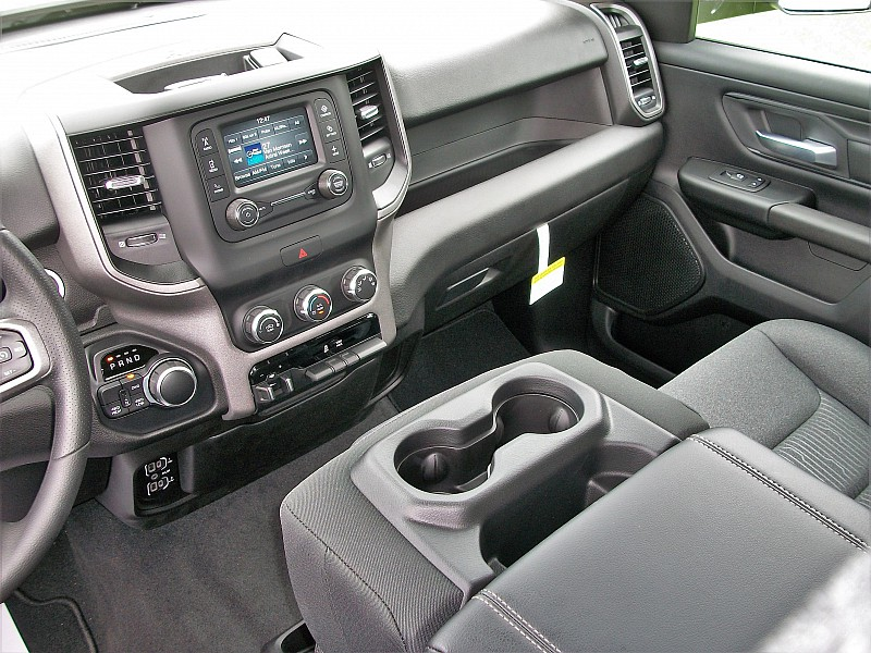 2019 Ram 1500 Quad Cab 4x4,  Pickup #592959 - photo 33