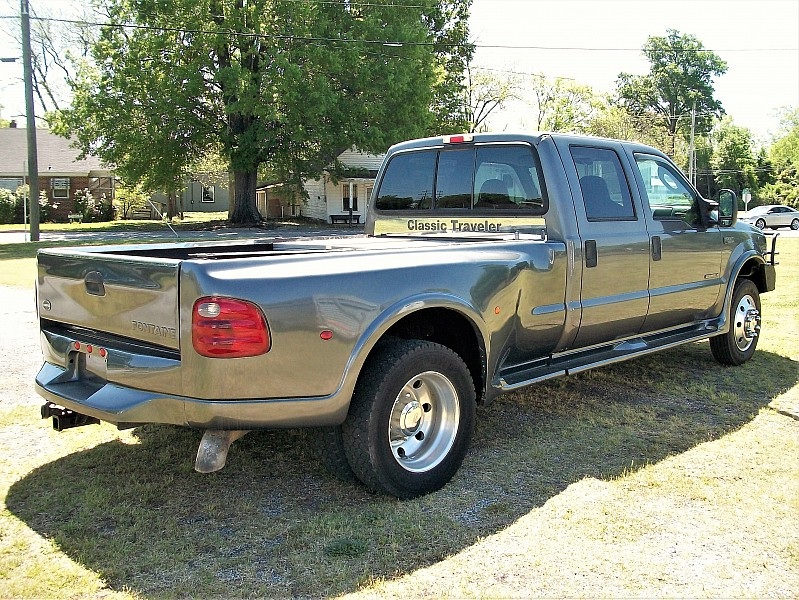 2003 F-550 Crew Cab DRW 4x2,  Cab Chassis #6011 - photo 3
