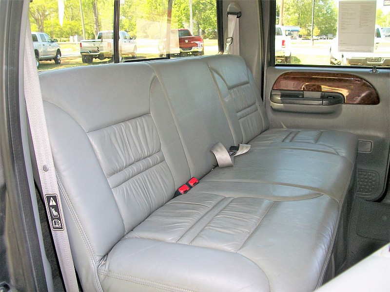 2003 F-550 Crew Cab DRW 4x2,  Cab Chassis #6011 - photo 19