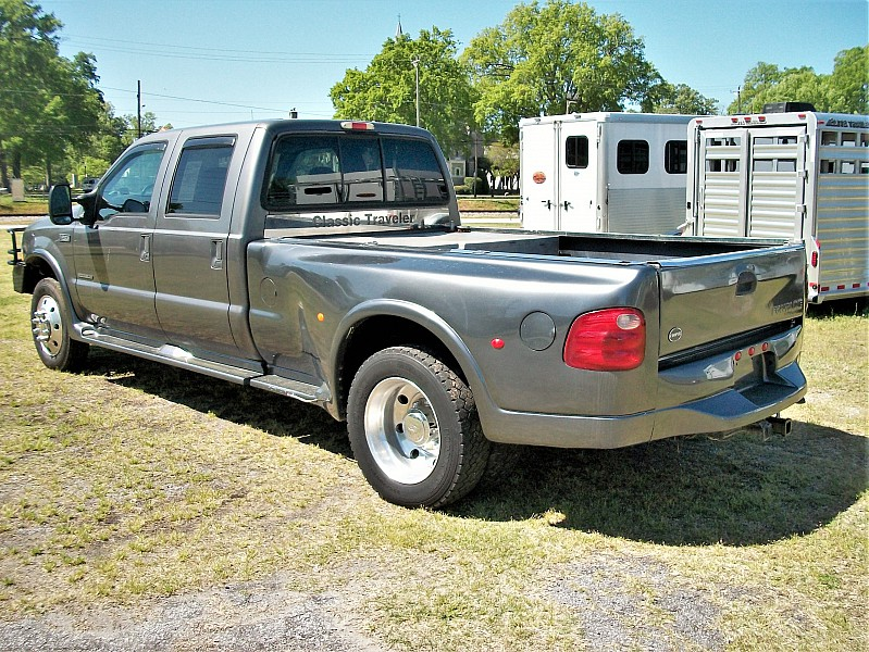 2003 F-550 Crew Cab DRW 4x2,  Cab Chassis #6011 - photo 2