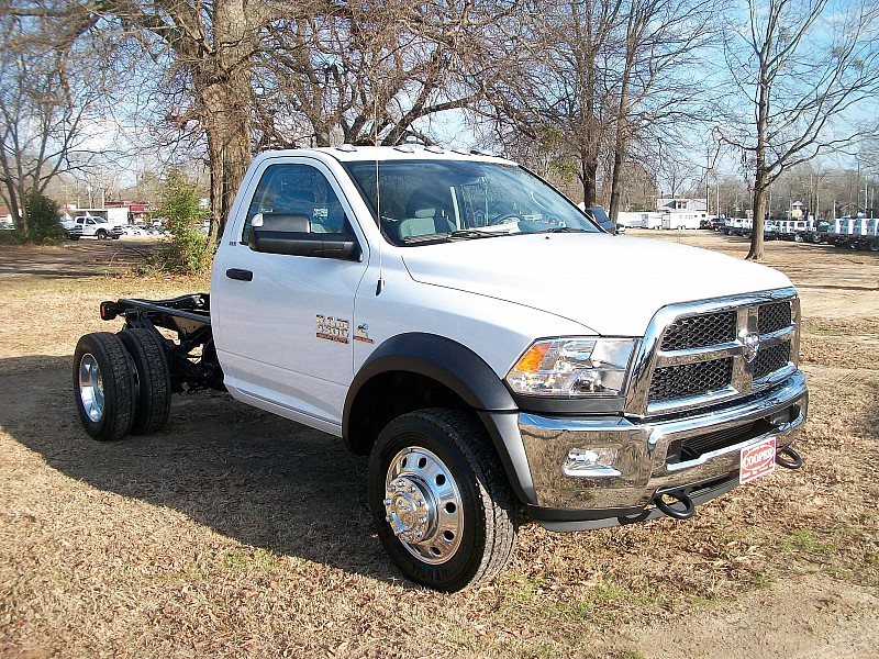 2017 Ram 4500 Regular Cab DRW, Cab Chassis #604291 - photo 10