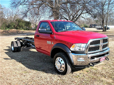 2017 Ram 5500 Regular Cab DRW 4x2,  Cab Chassis #604379 - photo 11