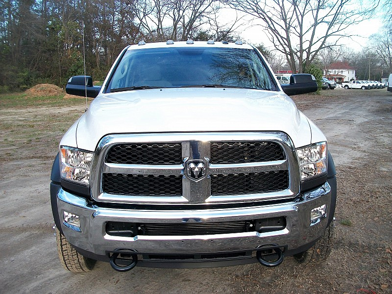2017 Ram 5500 Regular Cab DRW, Cab Chassis #604409 - photo 21