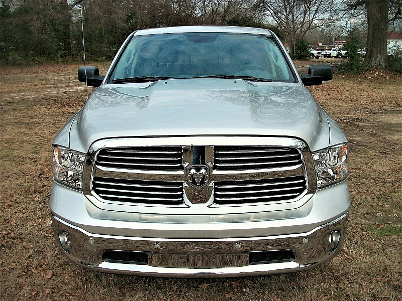 2017 Ram 1500 Crew Cab, Pickup #605409 - photo 30