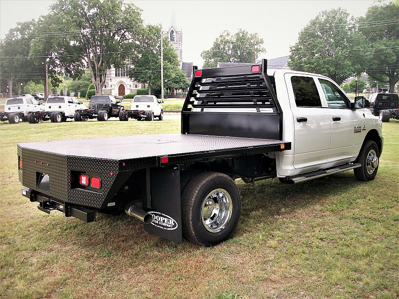 2017 Ram 3500 Crew Cab DRW 4x4, Platform Body #610017 - photo 12