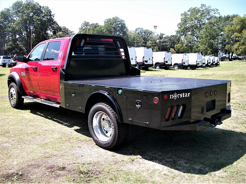 2017 Ram 4500 Crew Cab DRW 4x4, Platform Body #622182 - photo 2