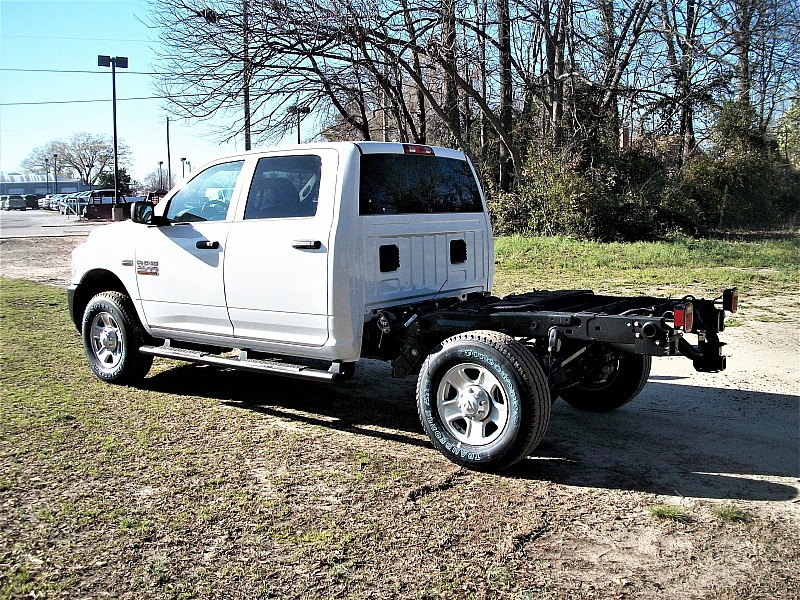 2017 Ram 2500 Crew Cab 4x4, Cab Chassis #632652 - photo 2