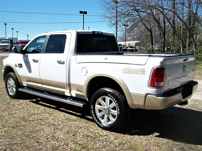 2017 Ram 2500 Crew Cab 4x4, Pickup #634360 - photo 2