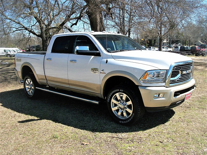 2017 Ram 2500 Crew Cab 4x4, Pickup #634360 - photo 28