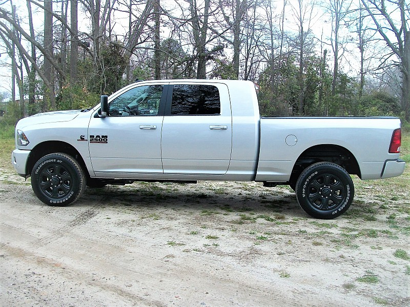 2017 Ram 2500 Mega Cab 4x4, Pickup #639102 - photo 22