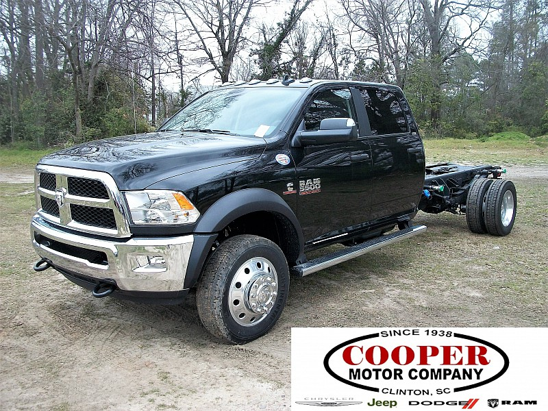 2017 Ram 5500 Crew Cab DRW, Cab Chassis #640153 - photo 1