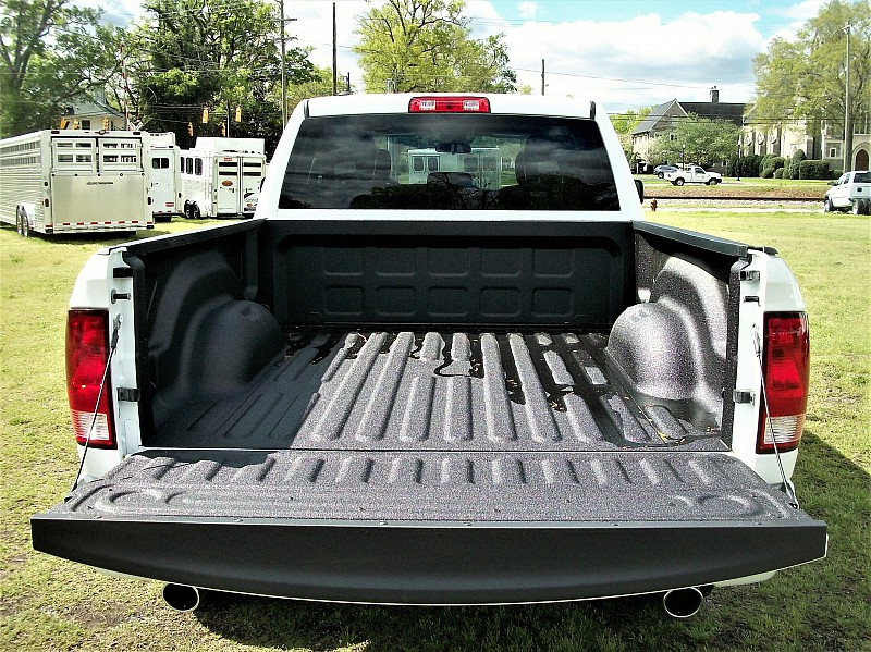 2017 Ram 1500 Quad Cab 4x4, Pickup #665808 - photo 9