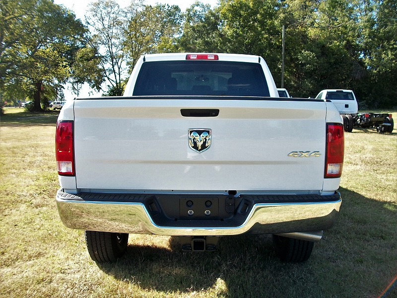 2017 Ram 2500 Crew Cab 4x4, Pickup #693052 - photo 9