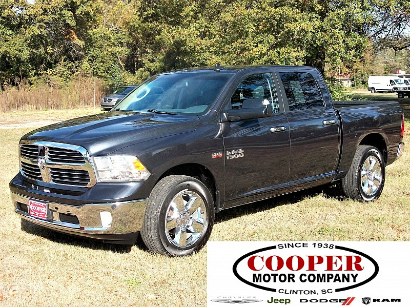 2015 Ram 1500 Crew Cab 4x4,  Pickup #709839 - photo 1