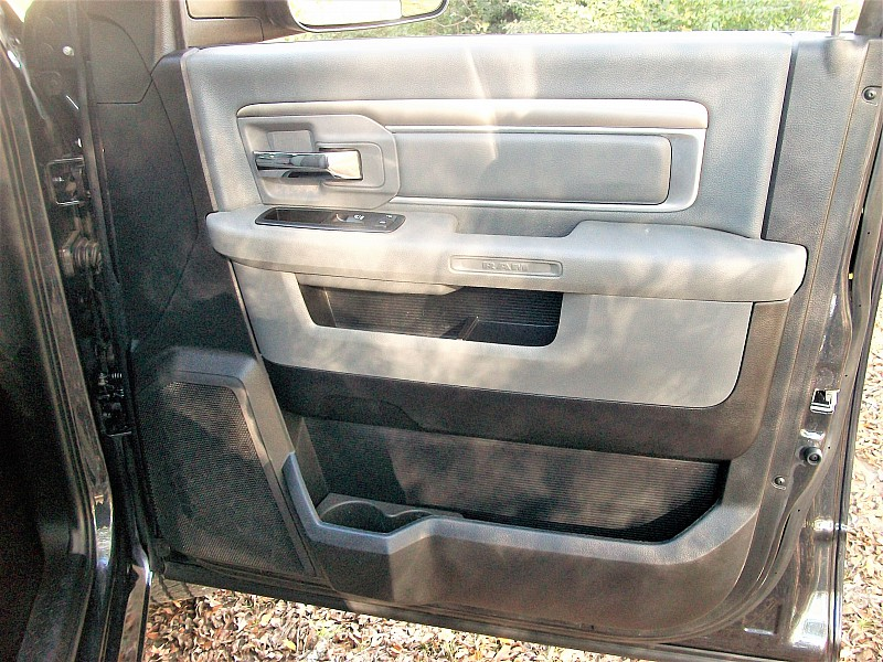 2015 Ram 1500 Crew Cab 4x4,  Pickup #709839 - photo 21
