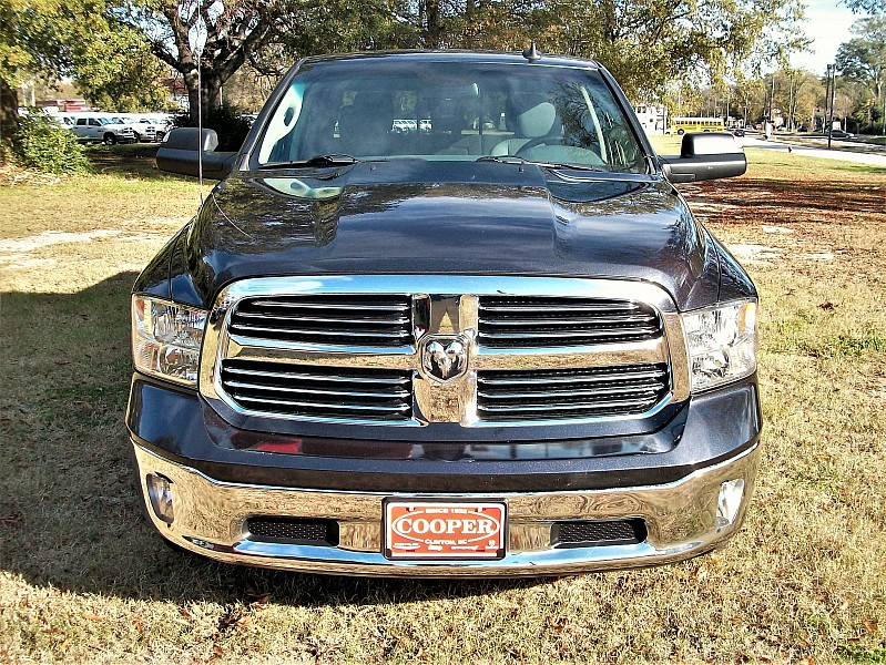 2015 Ram 1500 Crew Cab 4x4,  Pickup #709839 - photo 8